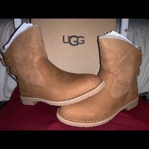 Ugg Nayiah 8.5 Boots
